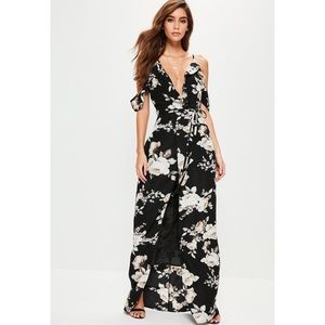 {Miss Guided} Floral Cold Shoulder Maxi